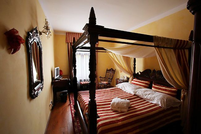 Prague design hotel augustine rocco forte for Boutique hotel design guidelines